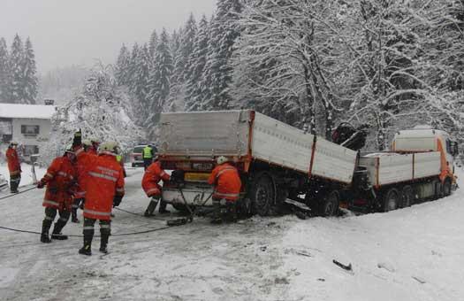 Verkehrsunfall Hallenstein/Reith am 3. Dezember 2010
