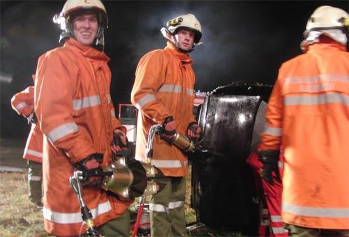 Feuerwehrübung mit Rotem Kreuz Tirol am 20. Oktober 2011