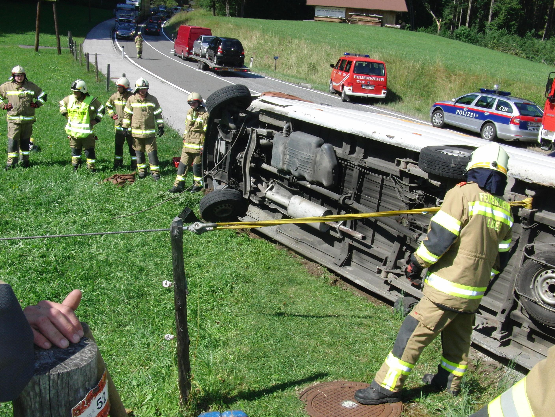 Verkehrsunfall höhe Maurach, 12. August 2013