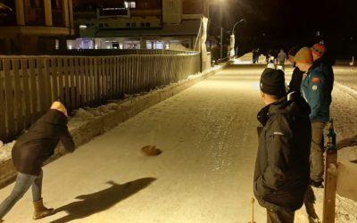 Eisstockschießen gegen FF Waidring am 28.2.2020