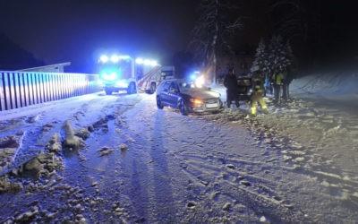 Aufräumen nach Verkehrsunfall, am 04.02.2020