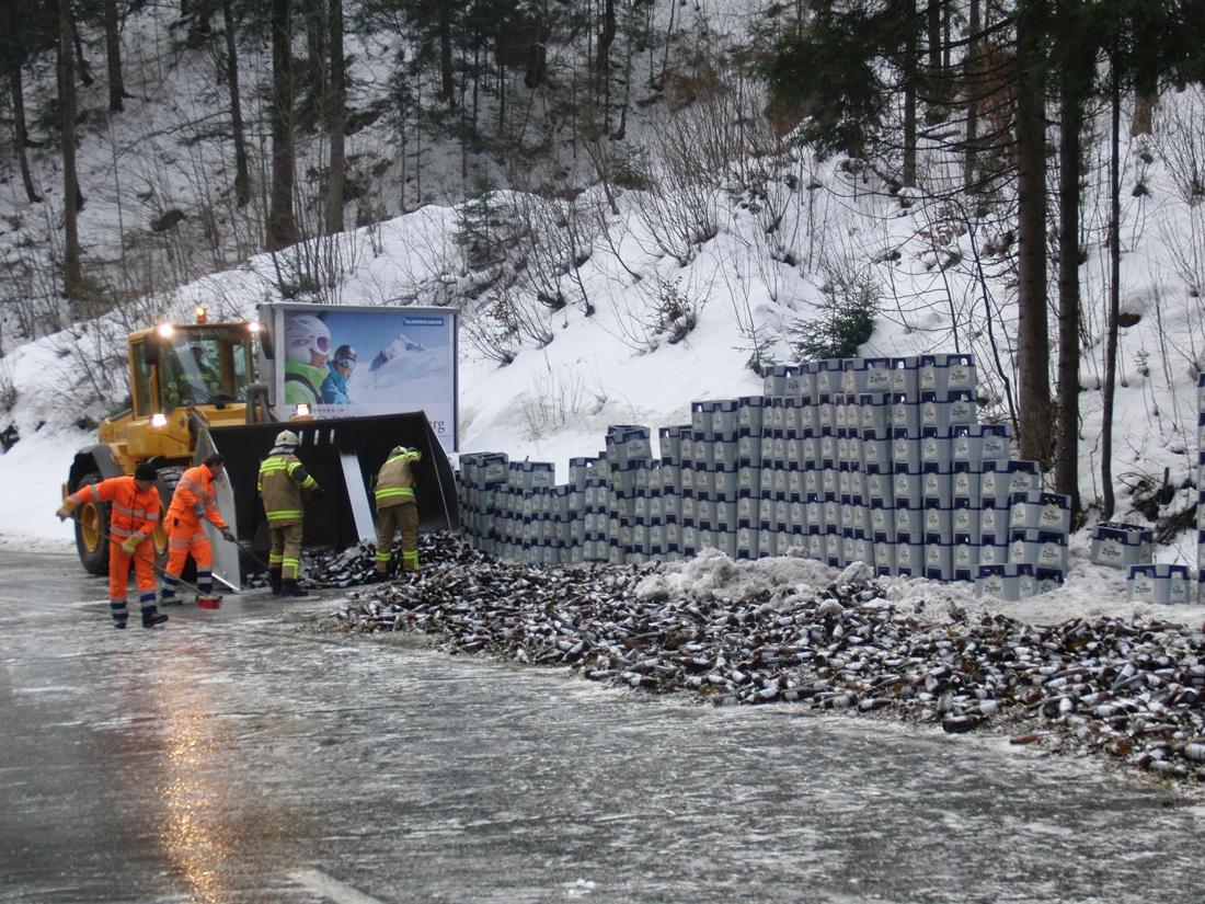 Bier-LKW-Unfall, am 08. Jänner 2015